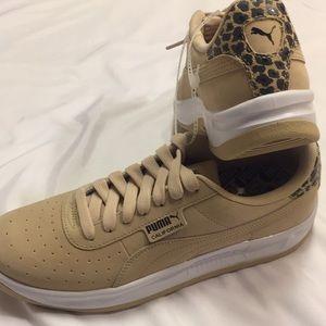 NWT Puma California Leopard Classic Leather Shoes